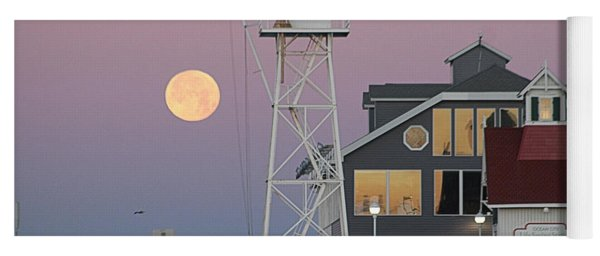 Super Wolf Moon At The Watch Tower Yoga Mat