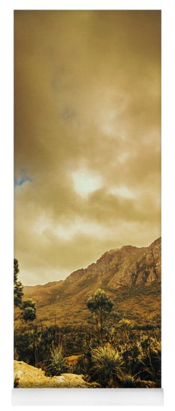 Tasmania Mountain Marvels Yoga Mat