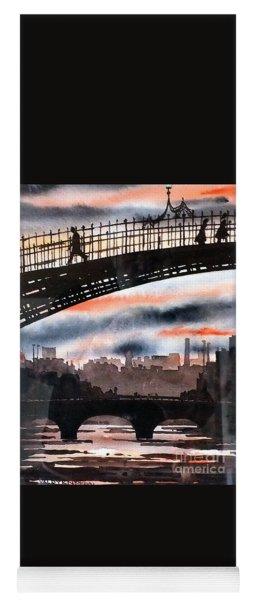 F 711 Dublins Ha,penny Bridge...vb711 Yoga Mat