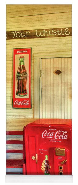 Thirst-quencher Old Coke Machine Yoga Mat