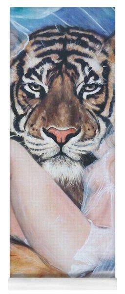 Blaa Kattproduksjoner        Tigers Angel Yoga Mat