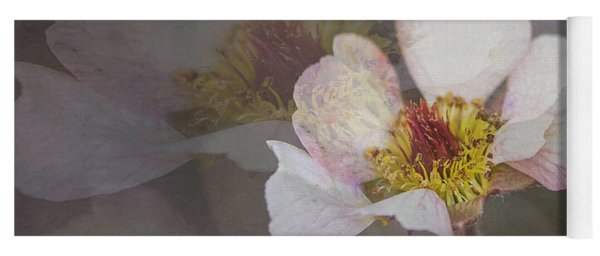 Tiny Blossom Yoga Mat
