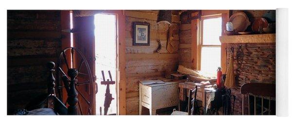 Tom's Old Fashion Cabin Yoga Mat