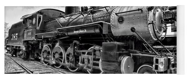 Train - Steam Engine Locomotive 385 In Black And White Yoga Mat