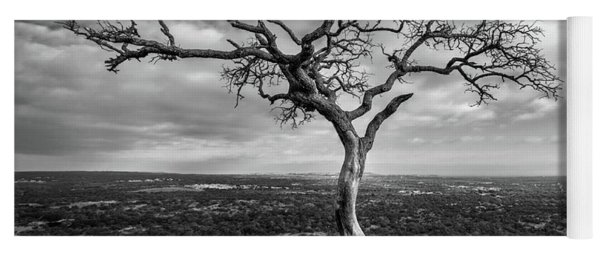 Yoga Mat featuring the photograph Tree On Enchanted Rock In Black And White by Todd Aaron
