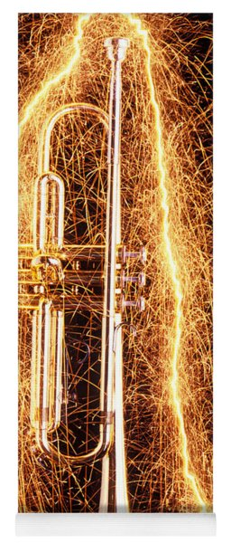Trumpet Outlined With Sparks Yoga Mat