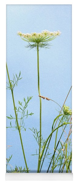 Tuft Of Queen Anne's Lace Yoga Mat
