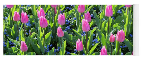 Tulip Christmas Dream Flowers Yoga Mat
