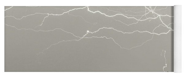 Unreal Lightning Yoga Mat