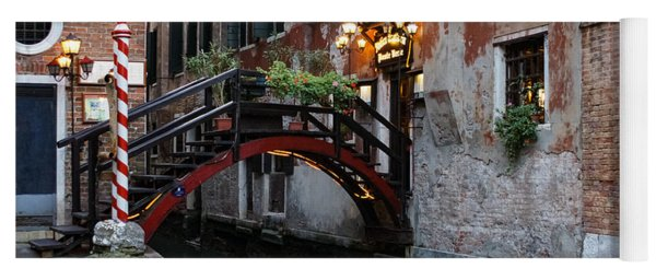 Venice Italy - The Cheerful Christmassy Restaurant Entrance Bridge Yoga Mat