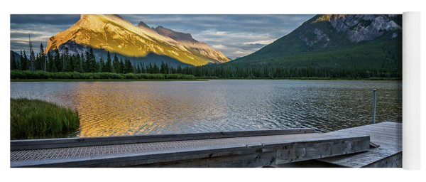 Vermillion Lakes And Mt Rundle Sunset Yoga Mat