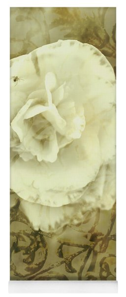 Vintage White Flower Art Yoga Mat