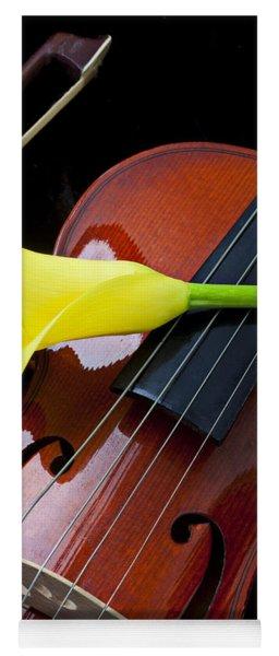 Violin With Yellow Calla Lily Yoga Mat