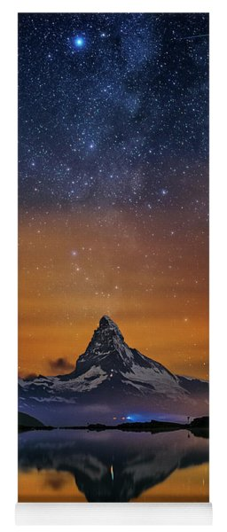 Volcano Fountain Yoga Mat