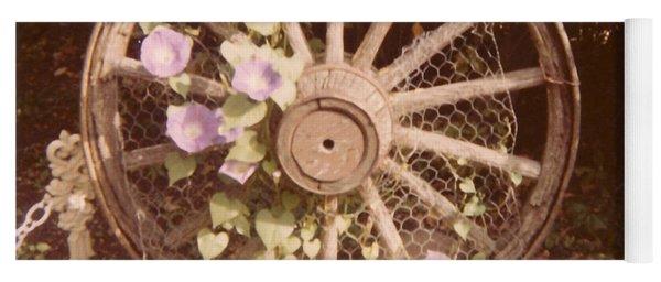 Wagon Wheel Memoir Yoga Mat