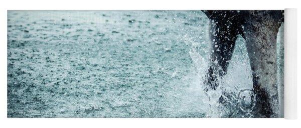 Water Splash Horse Legs Running On The Water Yoga Mat