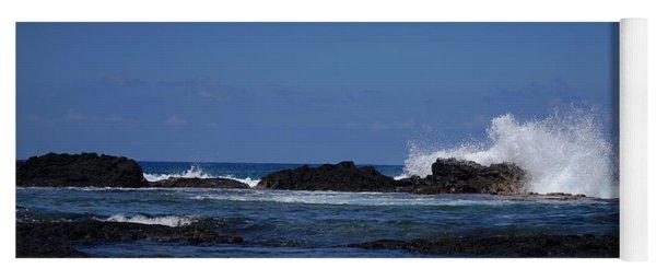Waves Crashing Yoga Mat