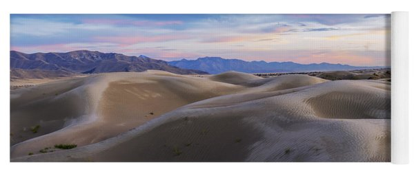 Wet Dunes Yoga Mat