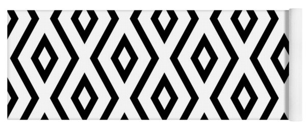 White And Black Pattern Yoga Mat