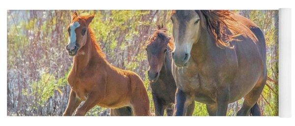 Wild Horses On The Move Yoga Mat
