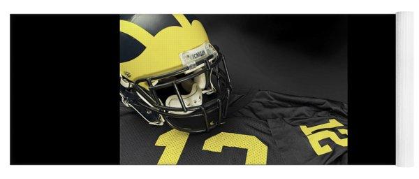 Wolverine Helmet With Jersey Yoga Mat