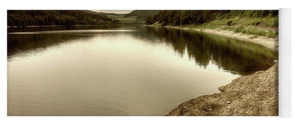 Wonderfully Calm Lake -  Wundervoll Ruhiger See Yoga Mat
