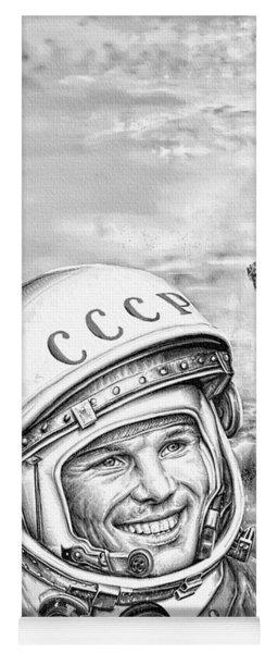 Yuri Gagarin - Cosmonaut 1961 Yoga Mat