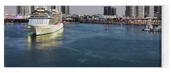 Caribbean Cruise On Msc Seaside - Visit Miami Harbour And Downtown Skyline Yoga Mat
