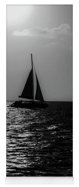 Sailing Into The Sunset Black And White Yoga Mat