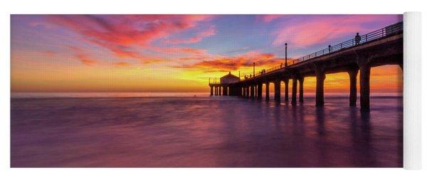 Stunning Sunset At Manhattan Beach Pier Yoga Mat