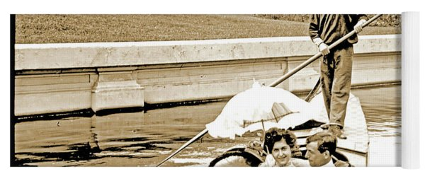 1904 Worlds Fair, Sighteeing Boat, Oarsman And Couple Yoga Mat