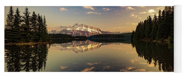 Two Jack Lake And Mount Rundle Yoga Mat