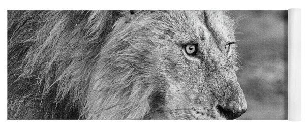 A Monochrome Male Lion Yoga Mat