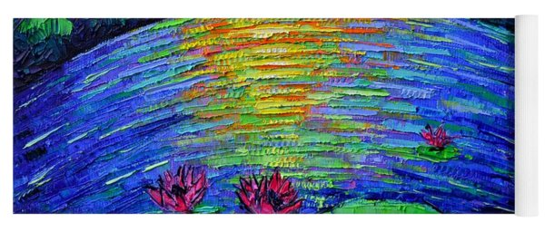 Abstract Round Waterlilies Pond By Moonlight Yoga Mat