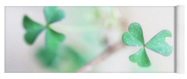 And It's O The Green Shamrock Yoga Mat