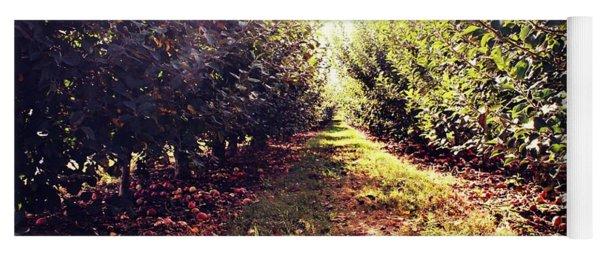 Apple Orchard Yoga Mat