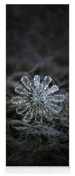 December 18 2015 - Snowflake 3 Yoga Mat