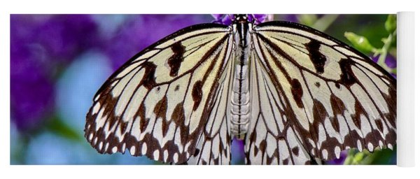 Black And White Paper Kite Butterfly Yoga Mat