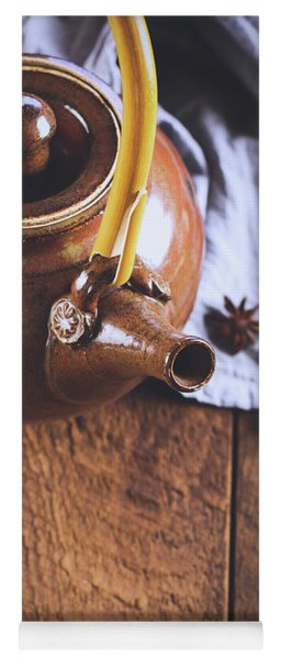 Ceramic Tea Pot With Star Of Anise Yoga Mat