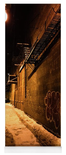 Chicago Alleyway At Night Yoga Mat