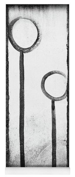 Circled Lines Yoga Mat