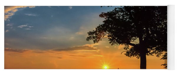 Cleveland Sign Sunrise Yoga Mat