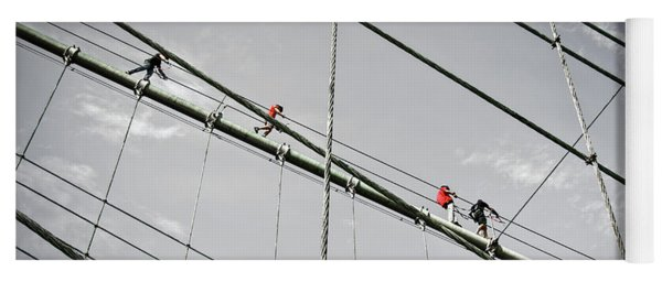 Climbers On Brooklyn Bridge Yoga Mat