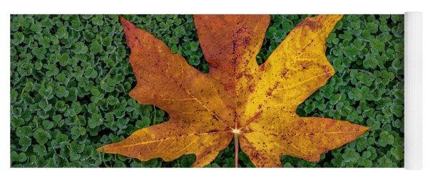 Clover Leaf Autumn Yoga Mat