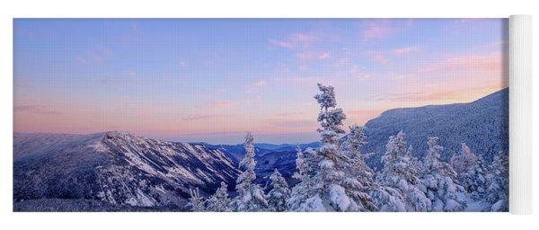 Crawford Notch Winter View. Yoga Mat