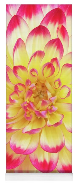 Dahlia Kenora Wow Flower Yoga Mat
