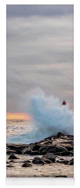 Explosive Sea 2 Yoga Mat