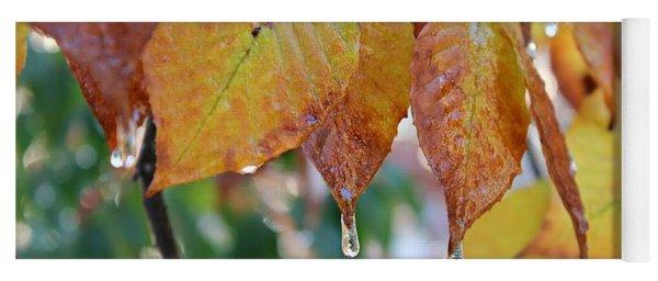 Icy Foliage Yoga Mat