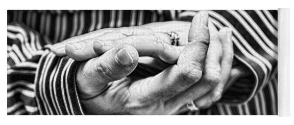 Hands Yoga Mat