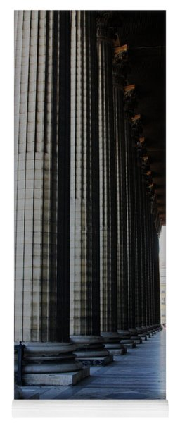 La Colonnade De La Madeleine Yoga Mat